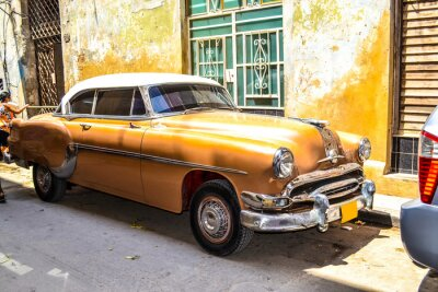 Canvas print American and Soviet cars 1950 - 1960 from Havana.