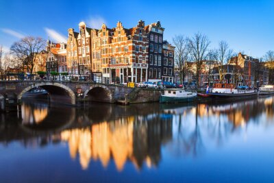 Canvas print Beautiful image of the UNESCO world heritage canals the 'Brouwersgracht' en 'Prinsengracht (Prince's canal)' in Amsterdam, the Netherlands