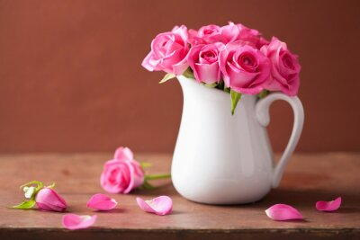 Canvas print beautiful pink roses bouquet in vase