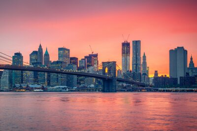 Canvas print Brooklyn bridge and Manhattan at dusk