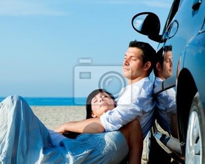 car travel couple