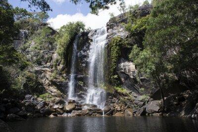Canvas print Cascada grande con abundante agua en el medio de una foresta. Cooktown, Queensland, Australia