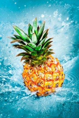Canvas print Fresh pineapple