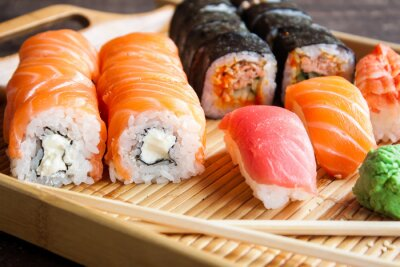 Canvas print Japanese sushi set