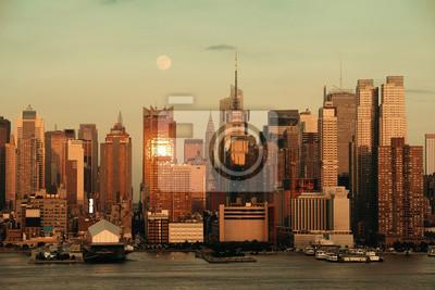 Manhattan Moon