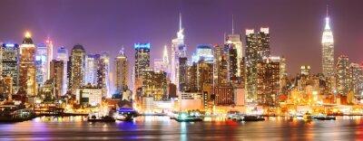 Canvas print  Manhattan skyline at night.