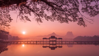 Canvas print Myanmar (Burma) Hpa An lake at sunrise. Asian landmark and travel destination