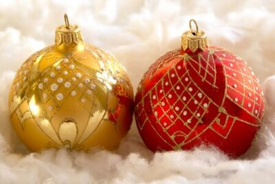 New Year and Christmas composition: fir tree balls in the wadding