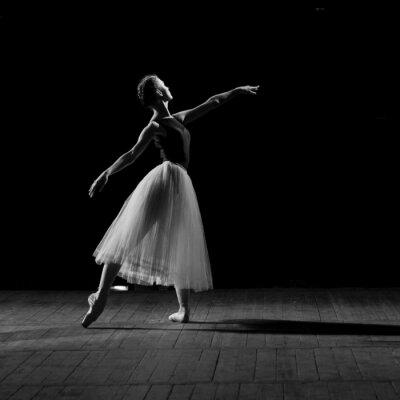 Canvas print portrait of young pretty ballerina