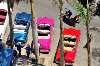 Canvas print Retro cars in Havana.