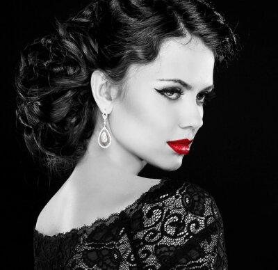 Canvas print Retro woman. Fashion model girl portrait. Black and white photo.