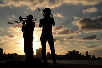 Canvas print Silhouettes de musiciens devant la ville de La Havane