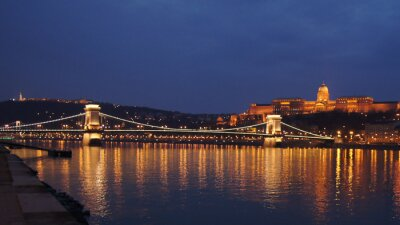 Canvas print Skyline Budapest chain bridge