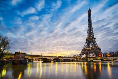 Canvas print Sunrise at the Eiffel tower, Paris
