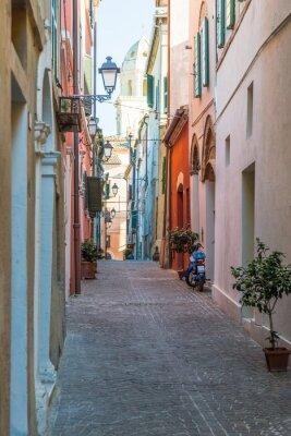 Canvas print Tipico vicolo italiano
