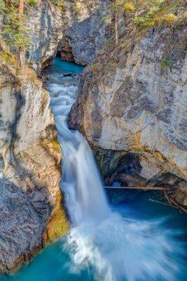 Wall mural Beauty Creek Falls