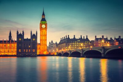 Wall mural Big Ben and westminster bridge at dusk in London