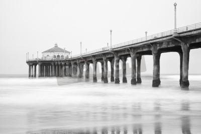 Wall mural Black and white photo of Manhattan beach pier, California.