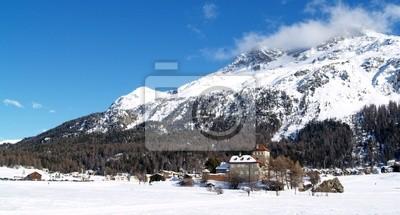 bourgade et château alpin