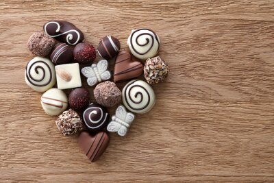 Wall mural Chocolate candies heart