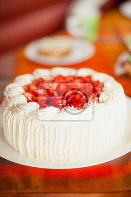 Delicious strawberry cake with strawberries