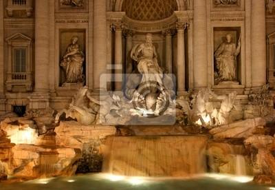 di Trevi fountain rome italy