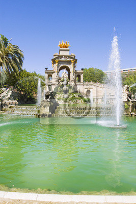 Wall mural Fountain in Parc De la Ciutadella in Barcelona, Spain
