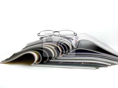 Glasses & magazines