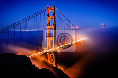Wall mural Golden Gate Bridge, San Francisco at sunrise, California