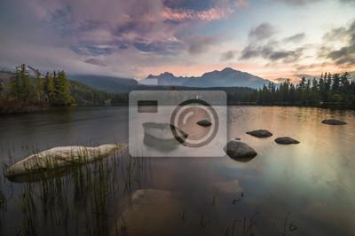 jezioro górskie w Tatrach,Strbske Pleso