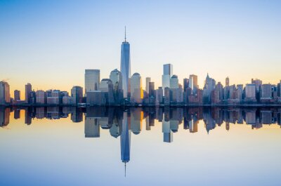 Wall mural Manhattan Skyline with the One World Trade Center building at tw