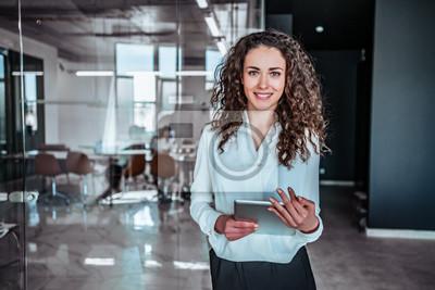 Wall mural Modern business woman