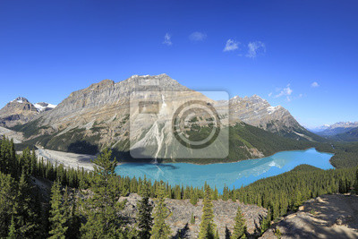 Mountain Peyto lake