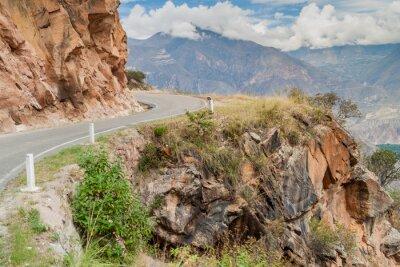 Wall mural Mountain road between Balsas and Leimebamba, Peru.