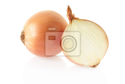 Wall mural Onion and section on white, clipping path included