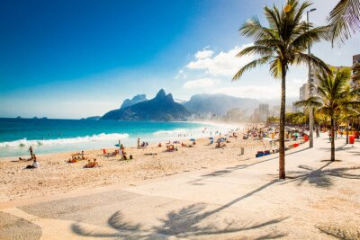 Wall mural Palms and Two Brothers Mountain on Ipanema beach, Rio de Janeiro