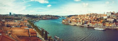 Wall mural Panoramic of the Douro in Porto.