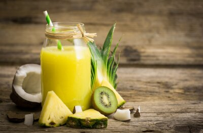 Wall mural Pineapple juice