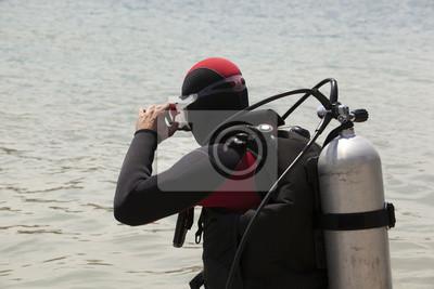 preparing to scuba dive