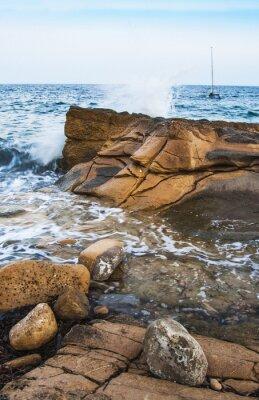 Wall mural rocas en la costa