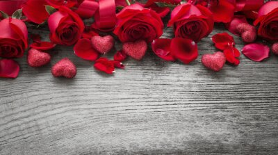 Wall mural Roses on wooden board