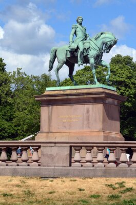 Royal Palace and statue of King Karl Johan XIV in Oslo, Norway.