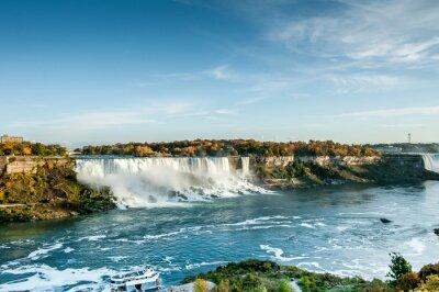 Wall mural scenic view of Niagara falls in Autumn