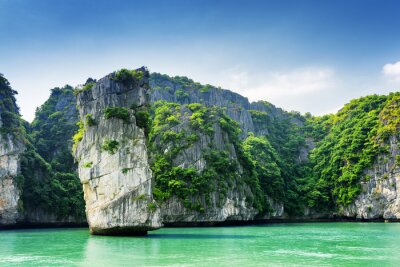 Wall mural Scenic view of rock pillar and karst isles in the Ha Long Bay