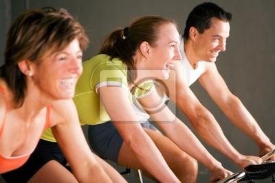 Spinning im Fitnesstempel