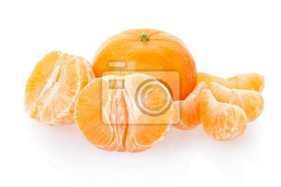 Wall mural Tangerine and segments on white, clipping path