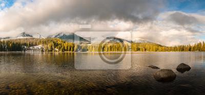 Tatrzańskie jezioro,Szczyrbskie Pleso,Słowacja