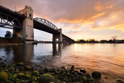 Wall mural Vancouver's historic Burrard Bridge at winter sunset