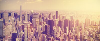 Wall mural Vintage toned Manhattan skyline at sunset, NYC, USA.