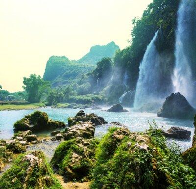 Wall mural Waterfall in Vietnam